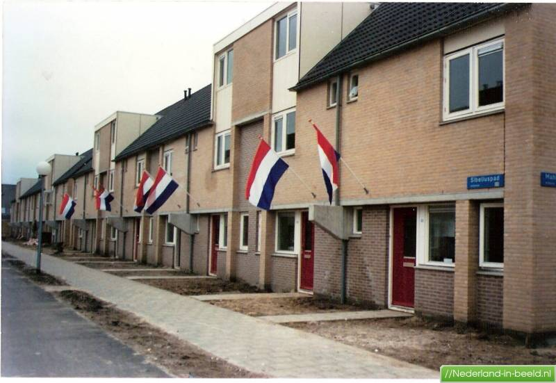 Almere • sibeliuspad 2 t m 56 • sibeliuspad op de dag van