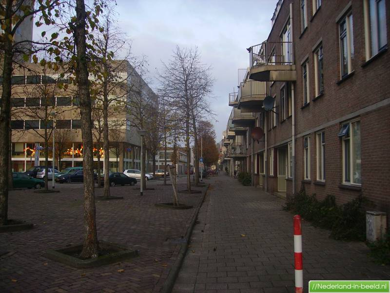 Rotterdam > Almondestraat luchtfoto's / foto's   Nederland ... Almondestraat Rotterdam